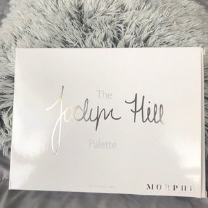 Morphe x Jaclyn Hill Eyeshadow Palette volume 1.
